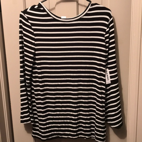 Old Navy Tops - Old Navy shirt